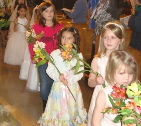 Children's May Crowning @ The Shrine of Our Lady of Pompeii | Chicago | Illinois | United States